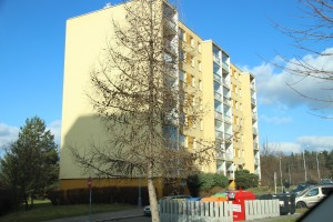 Pronájem kompletně zrekonstruovaného bytu 3+kk s lodžií v panelovém domě na Praze 6 - Vokovicích ulice Africká