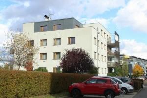 Za kolik se prodávali byty v domě E7 v projektu Terasy Červený vrch v roce 2001? Praha 6 - Vokovice, Nepálská ulice