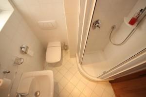 Pronájem bytu 2+kk, 67 m² Praha - Troja, Velká Skála