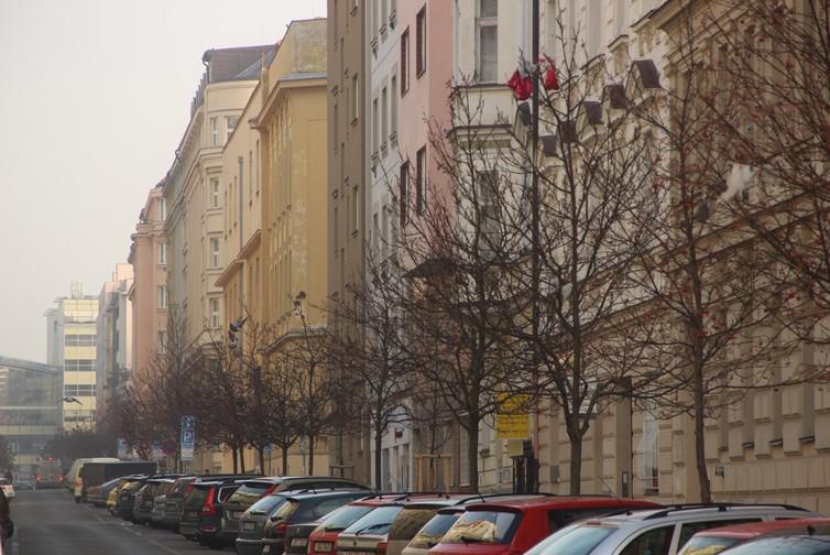 Společenství vlastníků jednotek domu č.p. 1944, v ulici Záhořanského 4, Praha 2, Nové Město , Praha IČO 24169587