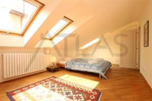 ložnice Pronájem mezonetového bytu 3+kk, 96 m2 Praha 2 - Nové město, ul. Odborů