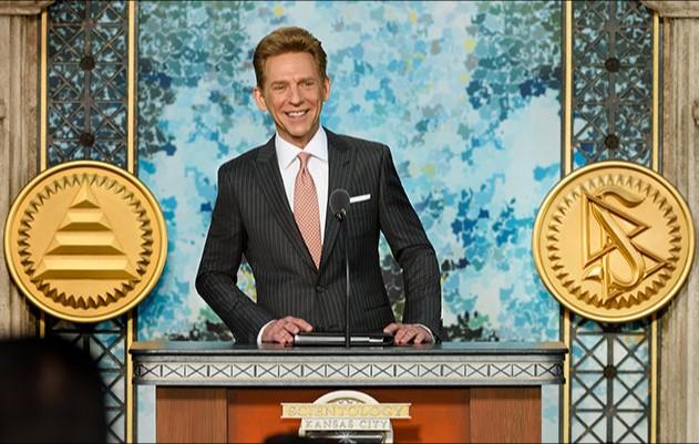 David Miscavige při otevření nové budovy Scientologické organizace v Kansas City
