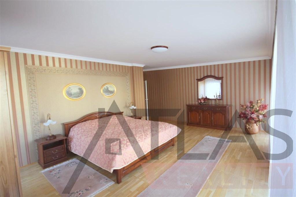 Pronájem bytu 3+kk, 112 m2 Praha 2 - Vinohrady, Lužická