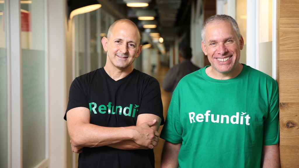 Uri Levine, spoluzakladatel společnosti Waze, a Ziv Tirosh, spoluzakladatel Stocktonu, právě spustili aplikaci, která turistům umožňuje získat zpět DPH z jejich nákupů v Evropě.